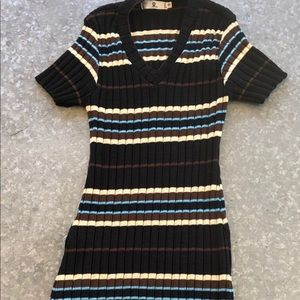 Short Sleeve Sweater Dress. Multi-stripe. SZ SM